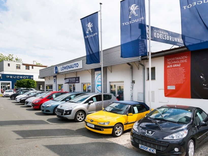 Peugeot 2008 1,6 e-HDi 115 FAP Allure bei Autohaus Edelsbrunner GmbH in Ihre Fahrzeugfamilie